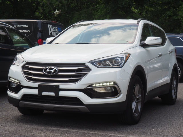 Certified Pre Owned 2017 Hyundai Santa Fe Sport 2 4 Base