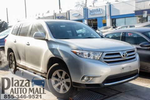 Certified Pre-Owned 2013 Toyota Highlander SE